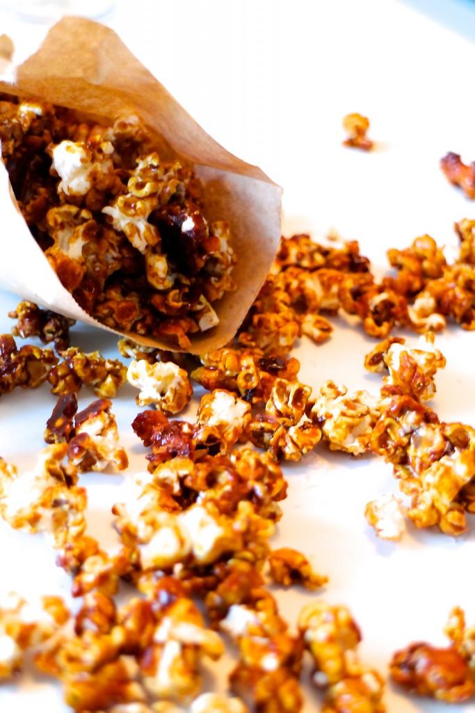 Karamelliserede popcorn med havsalt